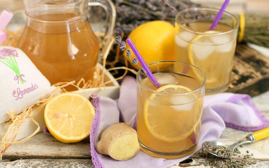 Имбирный лимонад с лавандой