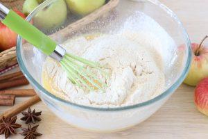 Яблочно-молочные пирожные