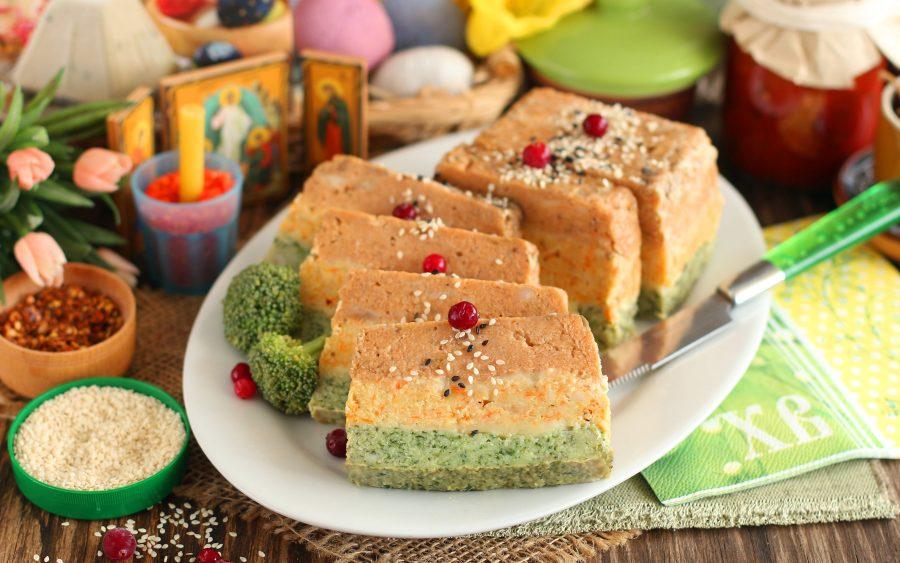 Цветной рыбный пирог на Пасху