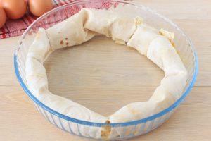 Пирог «Улитка» с яблоками и творогом