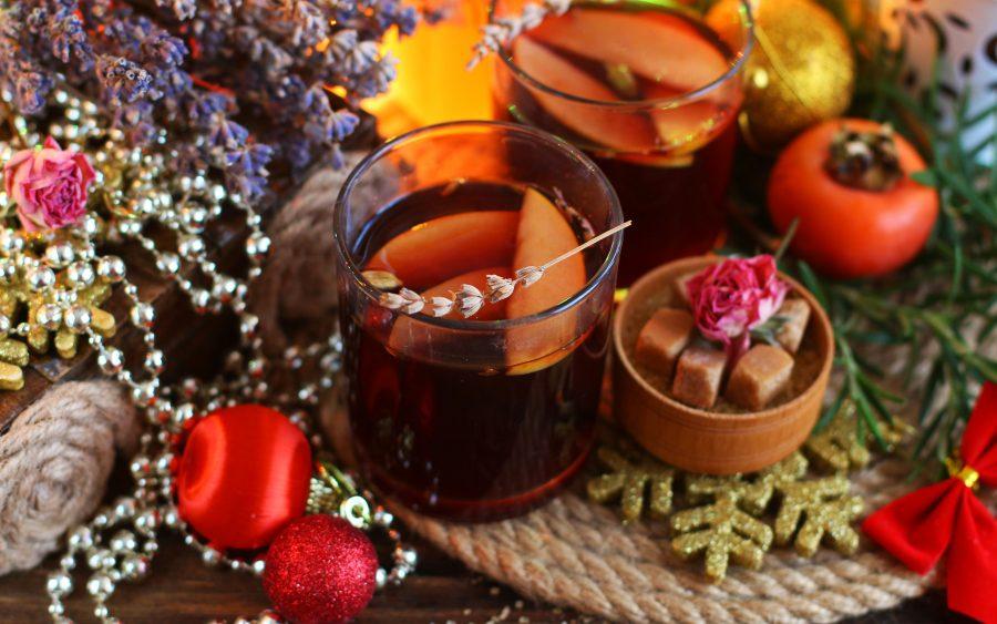 Глинтвейн из красного вина с лавандой