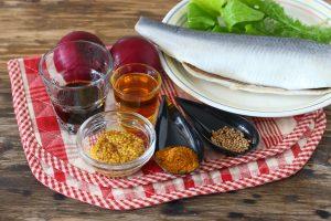 Закуска из маринованной сельди
