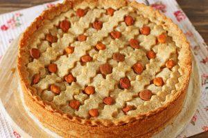 Тарт с абрикосовым джемом на песочном тесте